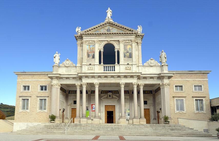 """Al Santuario di San Gabriele """"Giubileo dei Comuni"""" con l'intervento della Ministra Maria Stella Gelmini"""