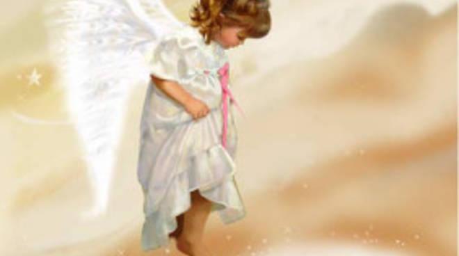 Luco dei Marsi in lutto per la morte della piccola Flaminia, il commovente saluto del papà