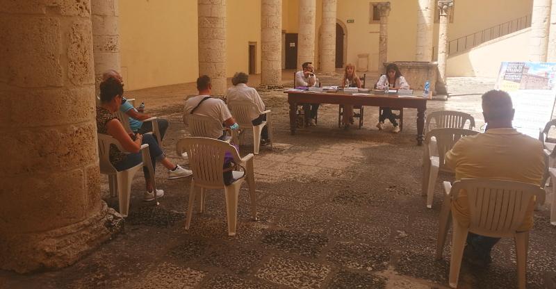 Celano. Conferenza stampa dell'Assessore alla Cultura dott.ssa Antonella De Santis e di Geltrude Di Matteo, Direttrice del Castello Piccolomini