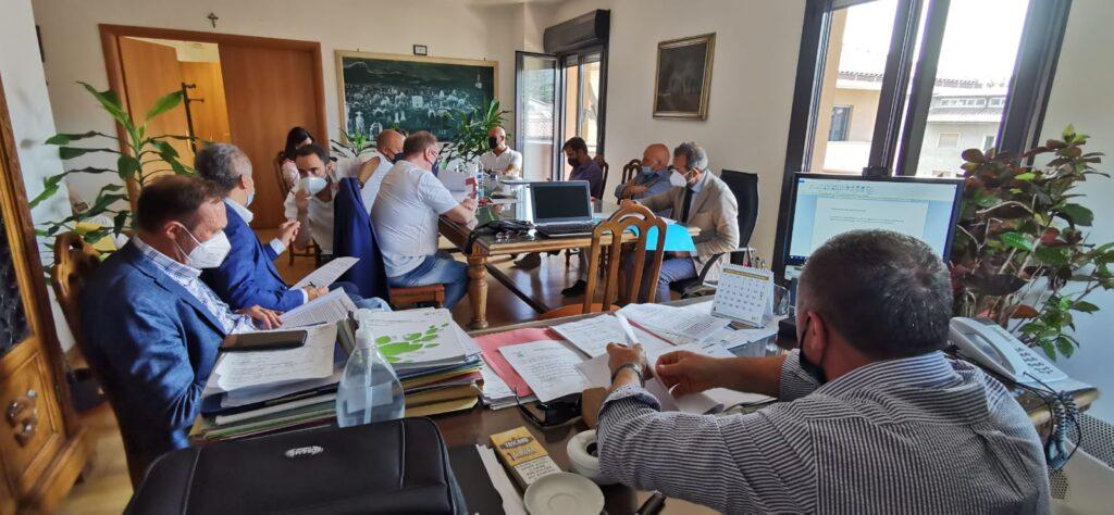 """Liceo """"B. Croce"""", I.I.S. """"A. Serpieri"""" e I.I.S. """"E. Majorana"""": in arrivo fondi per l'efficientamento energetico"""