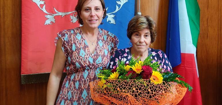 Il Sindaco di Collelongo saluta e ringrazia Domenica Bellisario che è andata in pensione