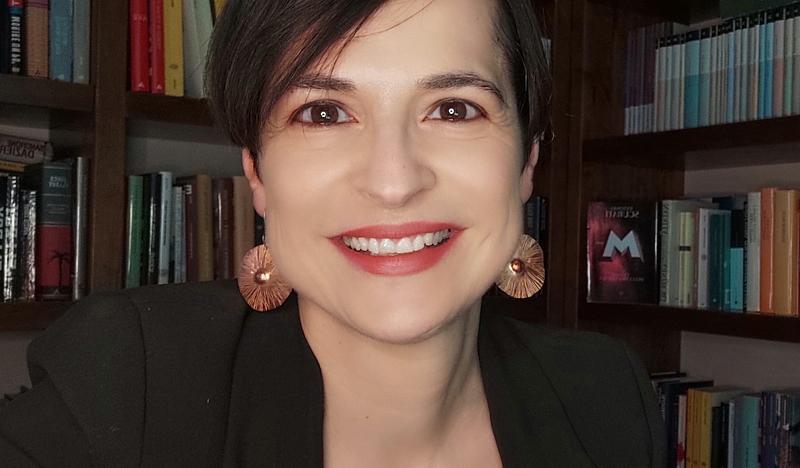 """""""Italico"""", la scrittrice Elsa Flacco presenta il suo nuovo libro ad Avezzano"""
