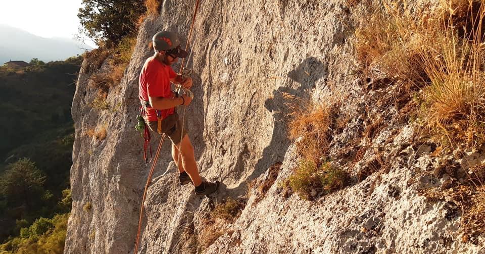 Pronta per le arrampicate la nuova falesia di Civita D'Antino realizzata da Fabrizio Pietrosanti