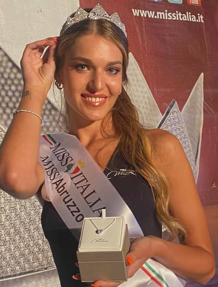 Francesca Casmiri è Miss Abruzzo 2021