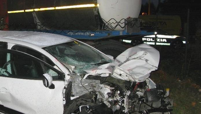 Incidente di Via Nuova: la Polizia rileva un tasso alcolemico superiore a 1.5 g/l per il conducente dell'auto