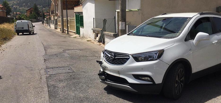 Ennesimo incidente tra due vetture lungo via Madonna del Passo ad Avezzano