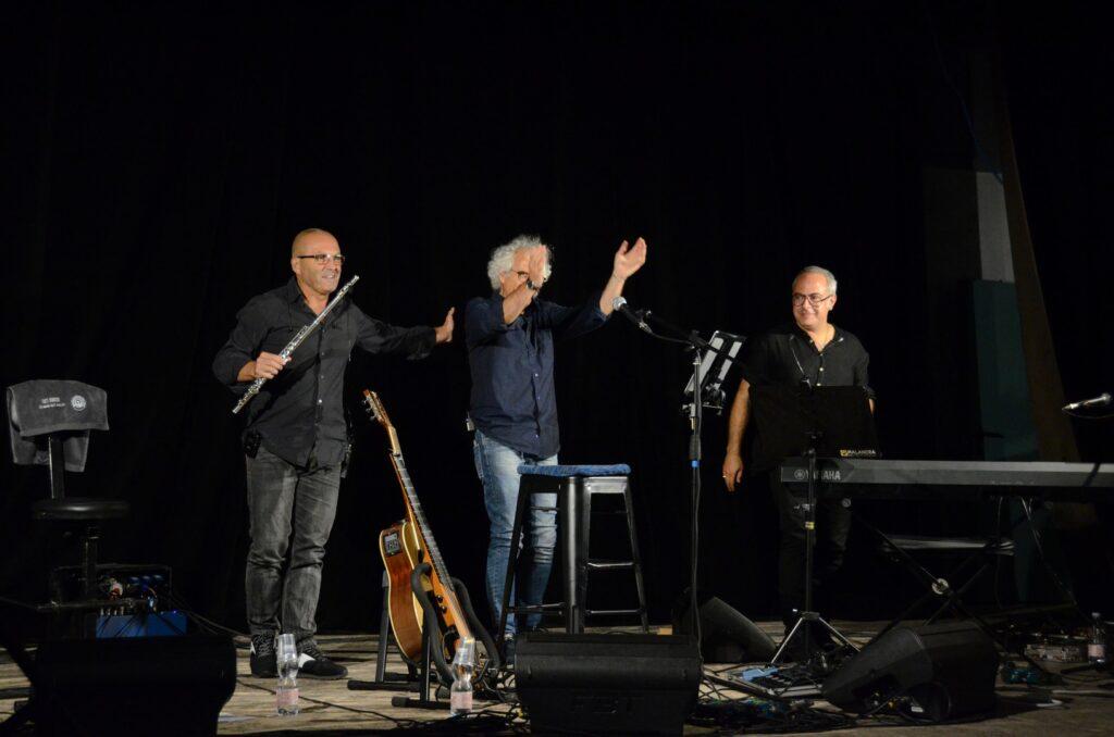 Concerto di Paolo Capodacqua al premio internazionale Ignazio Silone a Pescina, un recital dove la letteratura diventa musica