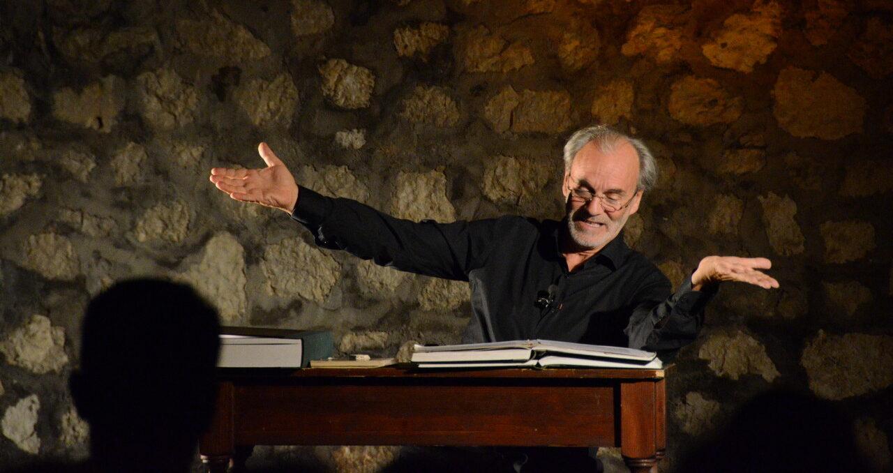 Il grande teatro è di scena a Pescina con Gabriele Ciaccia e il suo monologo tratto dal romanzo di Silone, Il Segreto di Luca