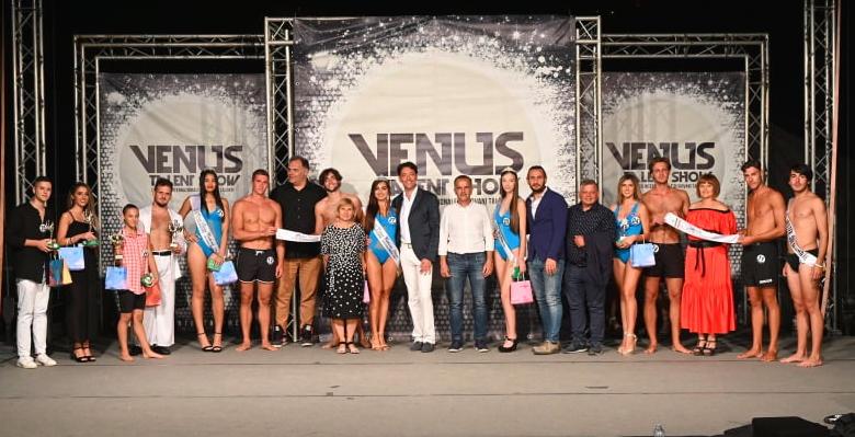 Grande successo per la finale del Venus Talent Show, tra i vincitori il giovane luchese Giovanni Venditti