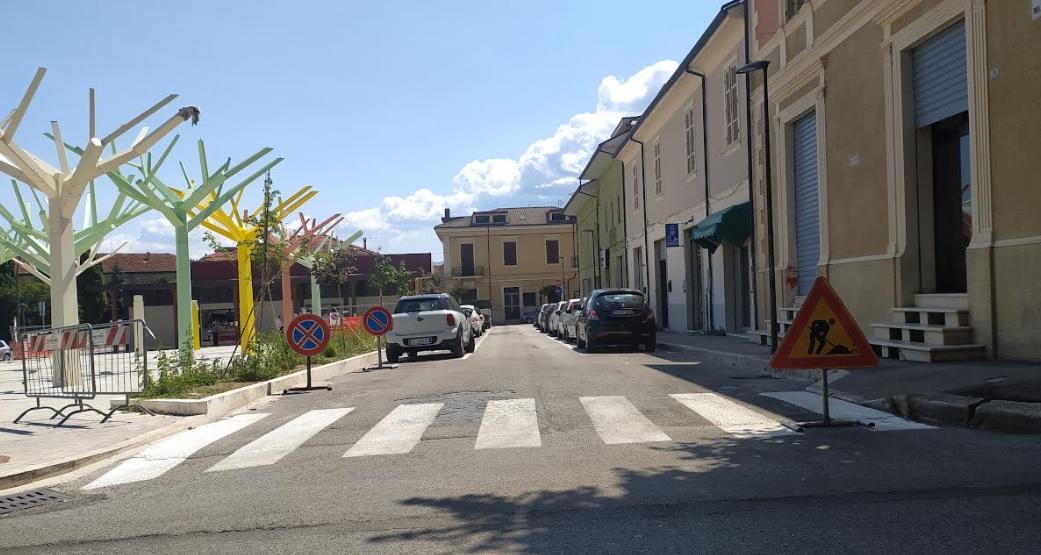 Al via i lavori per la pedonalizzazione in via del Mercato ad Avezzano, stop alle automobili da lunedì