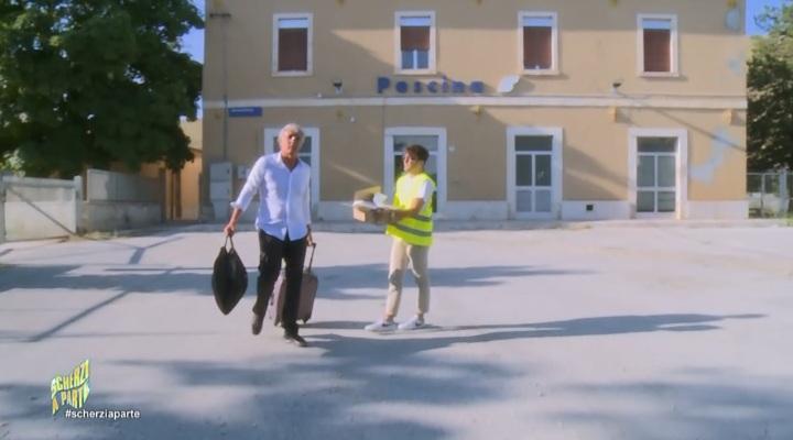 """La """"stazione abbandonata"""" di Pescina come location per lo scherzo fatto a Massimo Giletti su """"Scherzi a parte"""""""