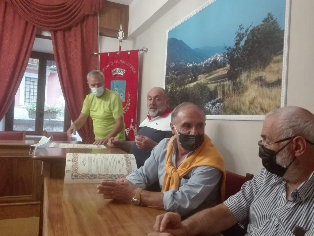 Undicesima tappa della Via dei Marsi, passaggio della pergamena da Lecce nei Marsi a Villavallelonga