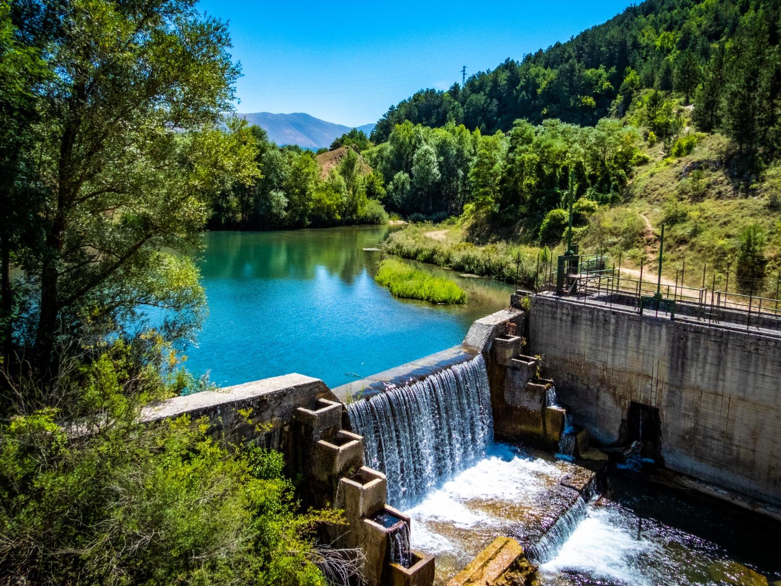 Il Comune di Pescina contrario alla captazione del fiume Giovenco, chiesto un incontro urgente con la Regione