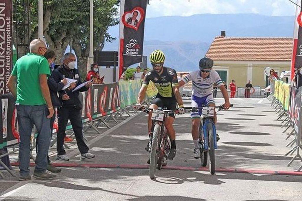 Sirente Bike Marathon-Ana Aielli, quarta edizione consegnata agli archivi e nel segno del fair play tra Paolo Colonna e Mario Di Mattia