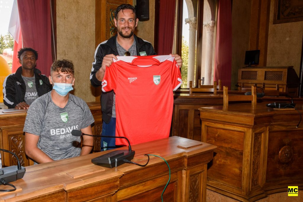Avezzano Calcio, presentata ufficialmente la nuova squadra in Comune