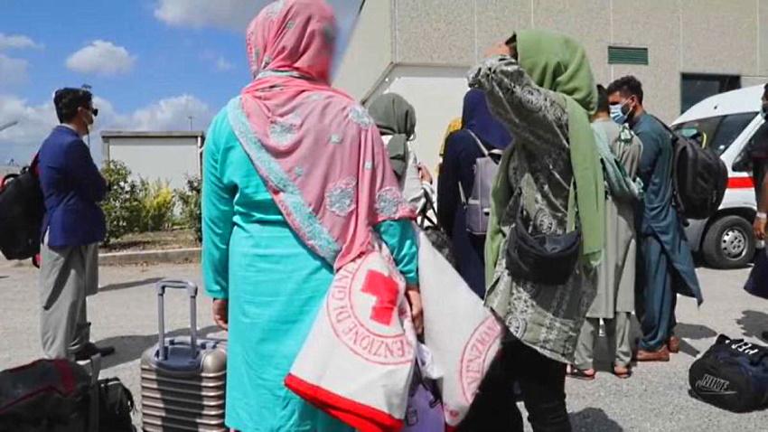 Profughi afghani, concluse le vaccinazioni anti covid: sono in totale 647, oggi verranno sottoposte a tampone antigenico le 700 persone rimaste