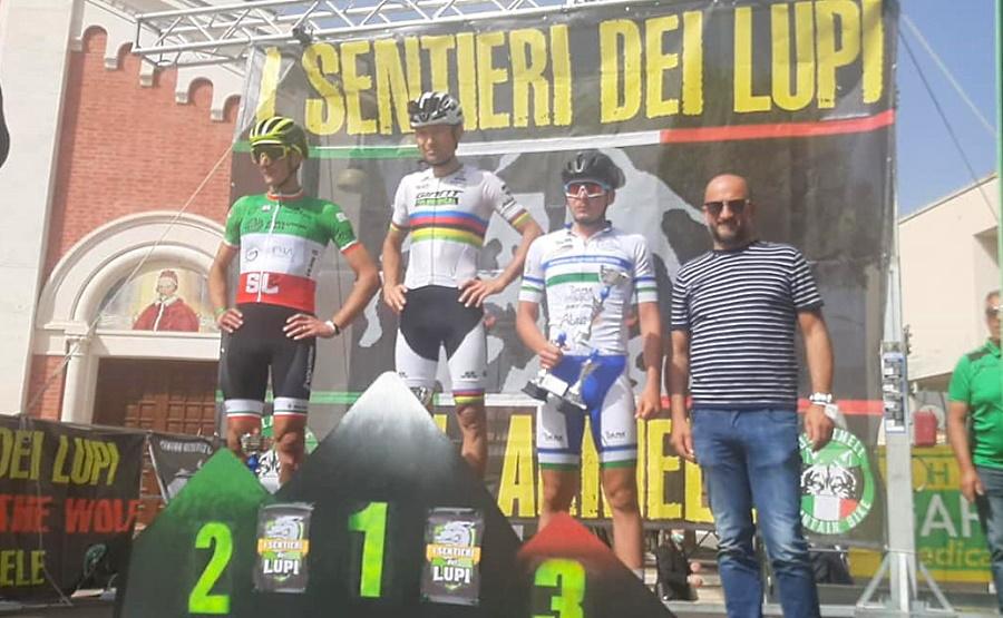 Il campione del mondo di MTB Leo Paez vince la gara di Collarmele