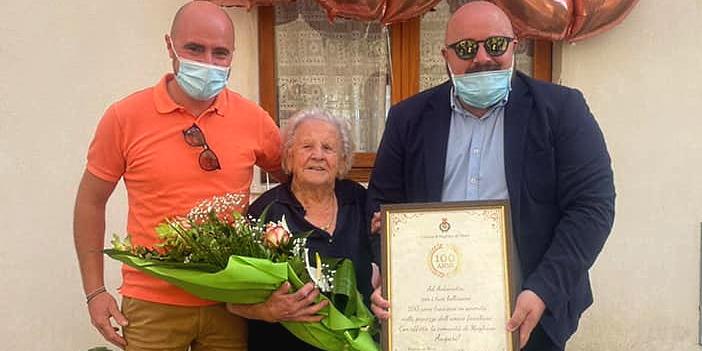Magliano de' Marsi festeggia i 100 anni di Antonia Di Clemente