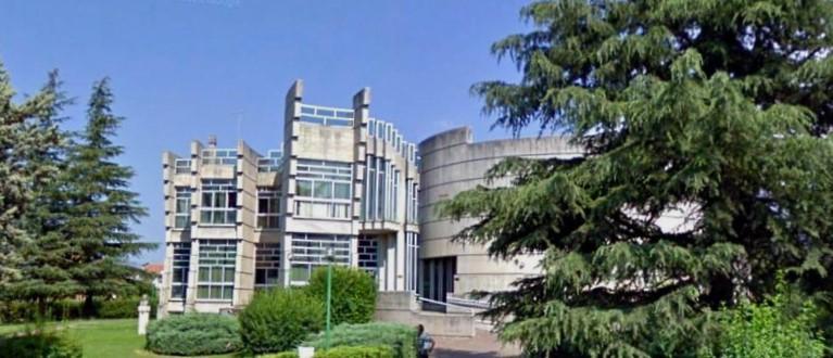 """Riapre solo ai titolari di Green Pass il Centro Servizi Culturali e Biblioteca Civica """"Ignazio Silone"""" di Avezzano"""