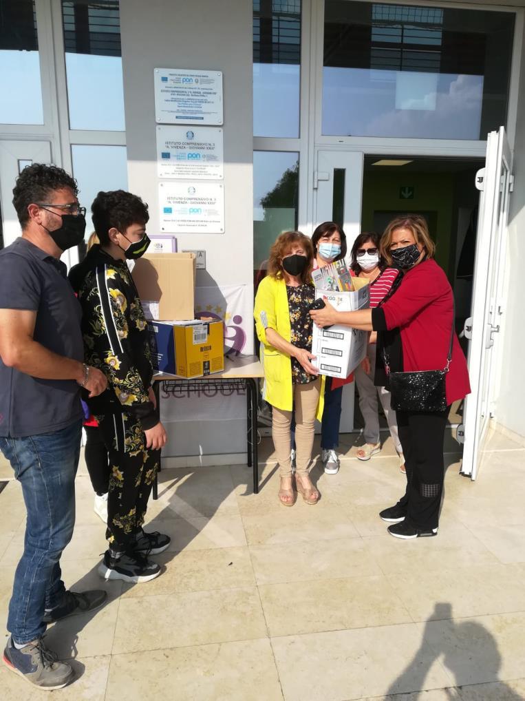 Le istituzioni scolastiche di Avezzano, la Coop e la Pro Loco insieme per la scuola e per i bambini