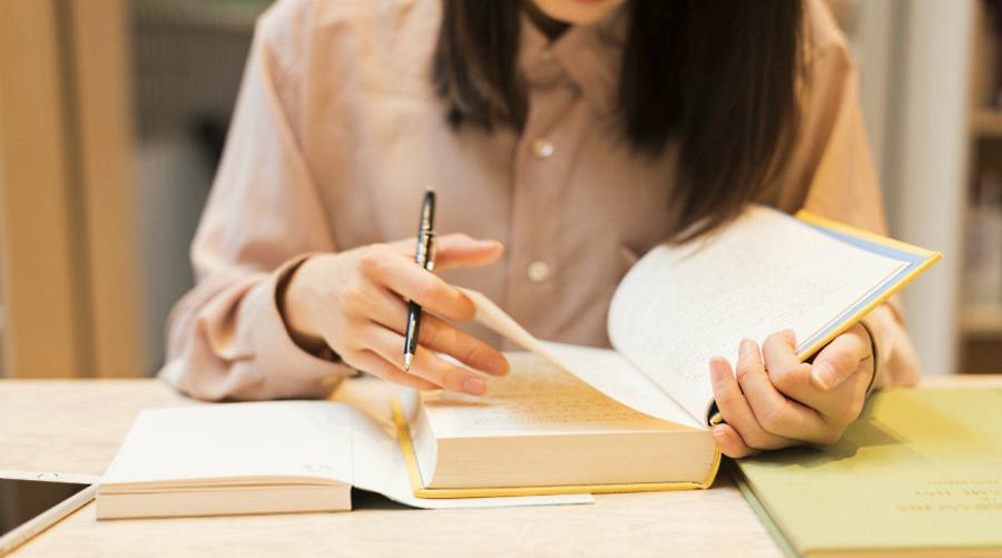 Consegna borse di studio per studenti meritevoli a Canistro