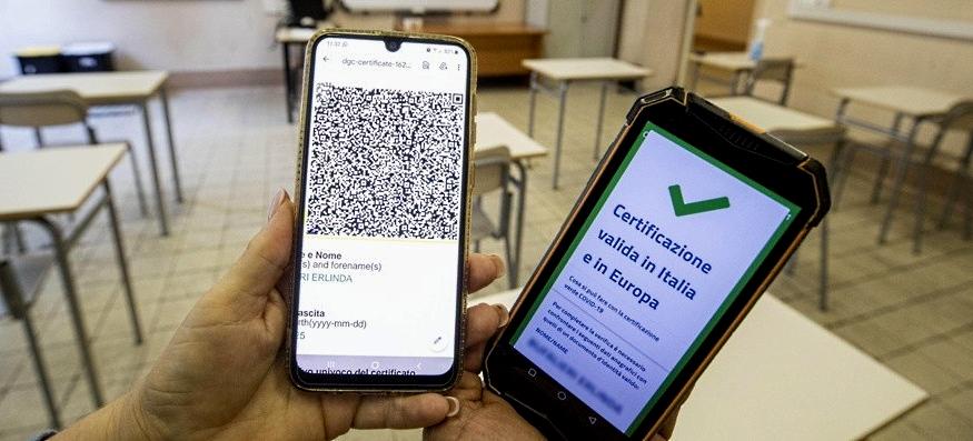 Al via la piattaforma nazionale per il controllo del green pass nelle scuole