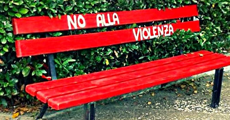 Panchine contro l'omofobia e la violenza sulle donne, oggi inaugurazione a Villavallelonga