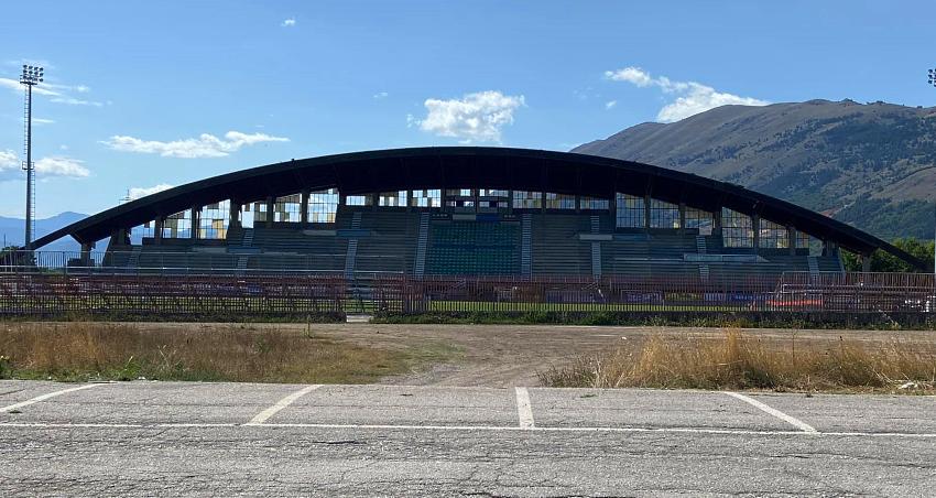 Lunedì inizierà la ristrutturazione della tribuna dello stadio Piccone a Celano