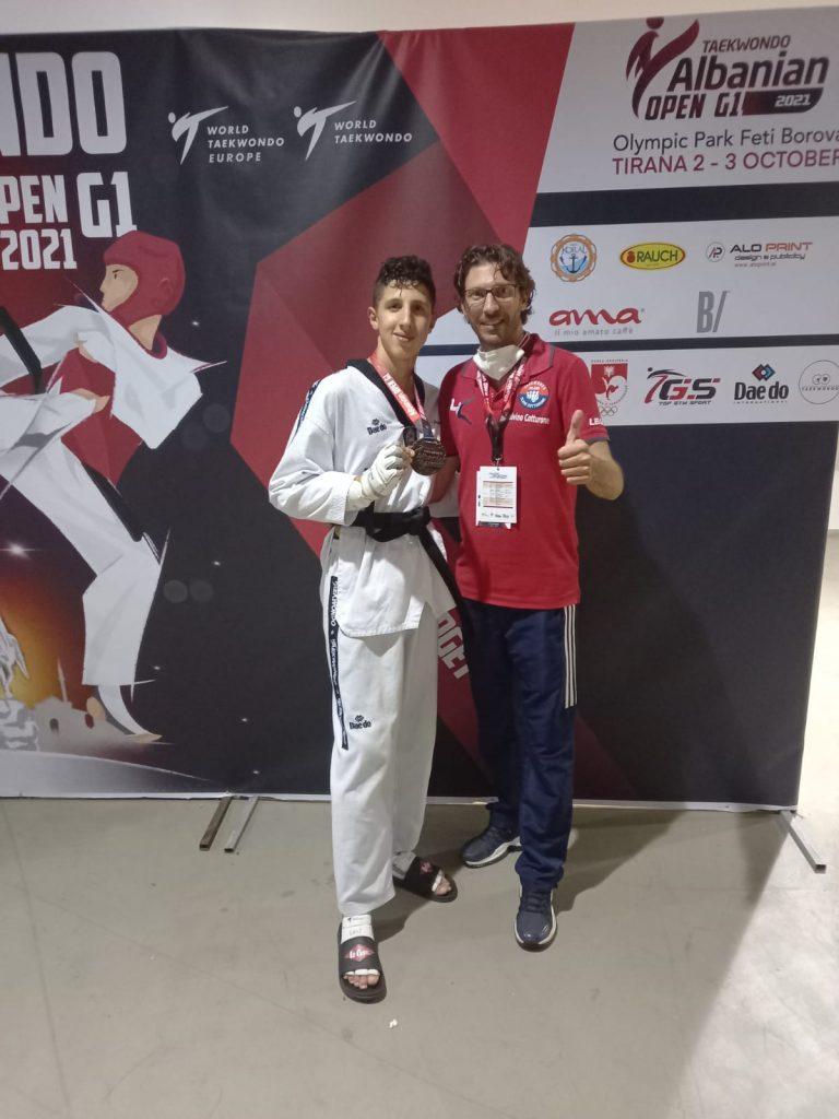 Taekwondo Celano: Francesco Scamolla e Luigi Fegatilli conquistano due medaglie di Bronzo all'Albanian Open
