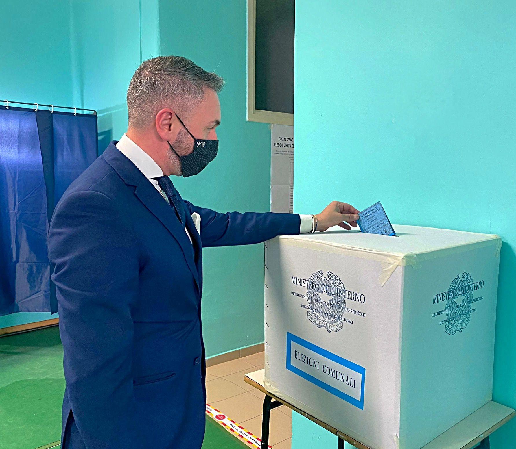 A Tagliacozzo Quorum raggiunto già nella prima giornata, 2849 i votanti pari al 49.33%, Sembra scontata la riconferma del Sindaco Giovagnorio