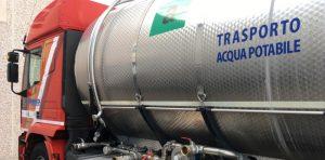 Emergenza acqua, a Ortucchio arriva l'autobotte