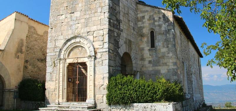 La chiesa di San Pietro ad Alba Fucens di nuovo aperta, ecco come prenotare le visite