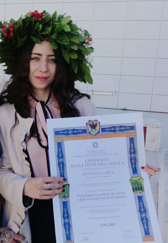L'avezzanese Carla De Foglio si laurea con un brillante 110 e lode in Progettazione e gestione degli interventi sociali ed educativi