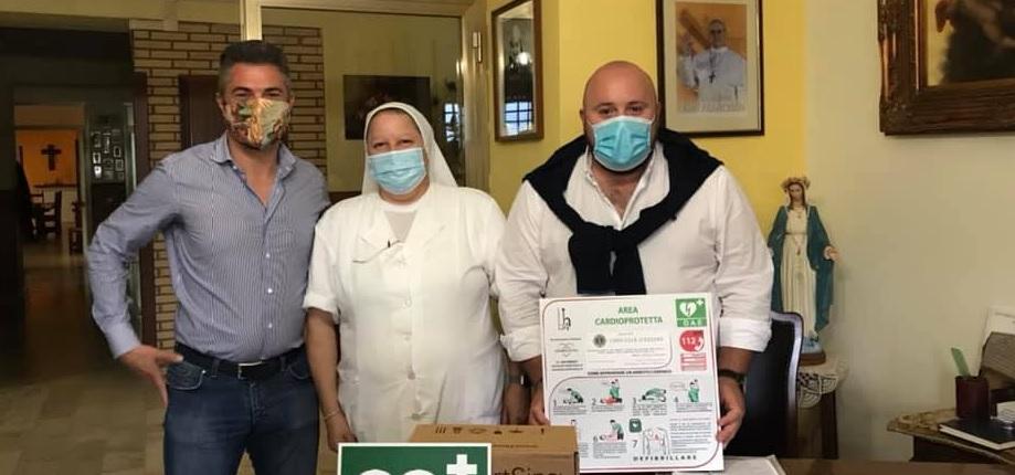 Donato defibrillatore alla Casa di Salute L'Immacolata
