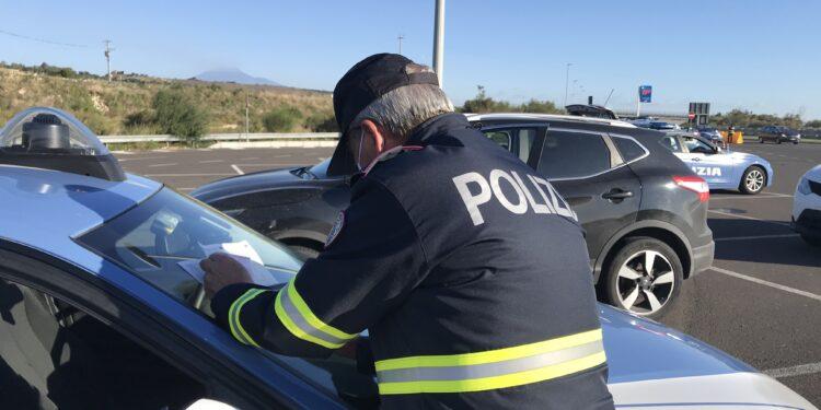 """Ridurre il numero di vittime della strada e degli incidenti stradali, al via un'operazione congiunta della Polizia Stradale """"TRUCK & BUS"""""""