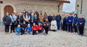 Opi festeggia i suoi nonni e il primo anno di presenza in parrocchia di padre Joseph Malo
